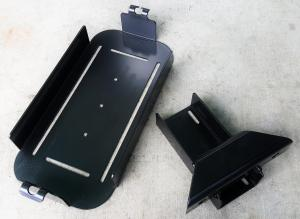 Wilco Offroad Hitchgate™ Jerry Can Center Mounting Kit (CM23181)